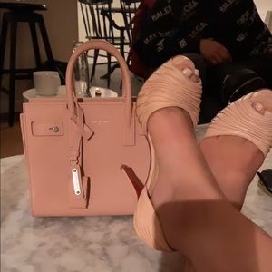 Sexy pink Loubs